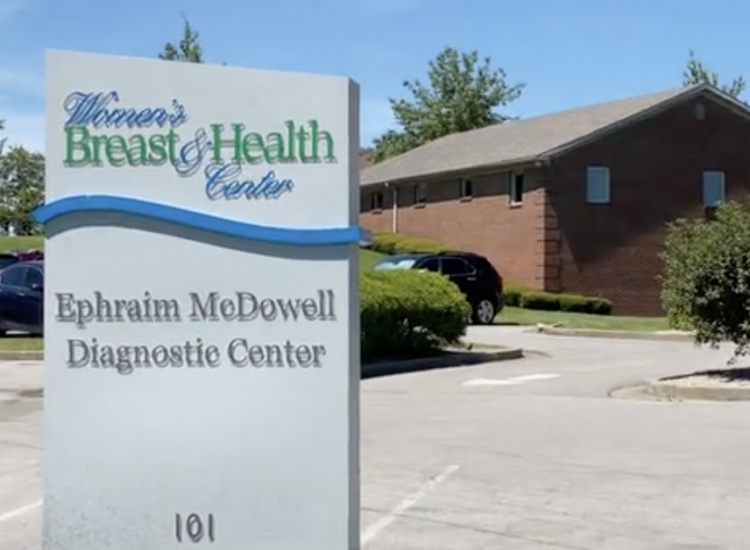 Picture of the Women's Breast & Health Center sign.